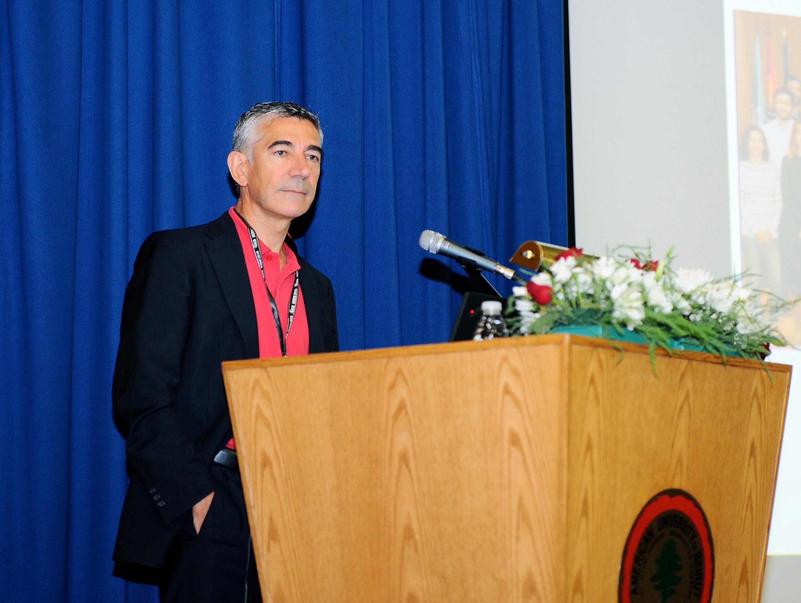 Dr. Vicente Soriano en Congreso Taormina